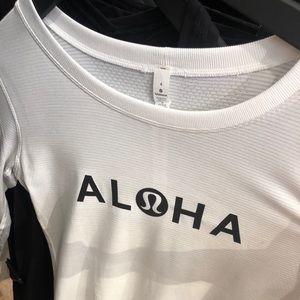 RARE swiftly tech breeze aloha long sleeve NWT